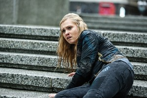 """The 100 """"Perverse Instantiation — Part Two"""" (3x16) promotional picture"""