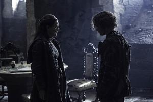 Yara and Theon Greyjoy in 'Book of the Stranger'