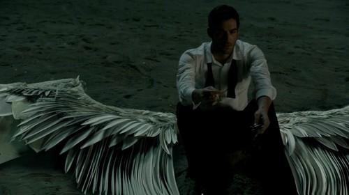 http://images6.fanpop.com/image/photos/39600000/Tom-Ellis-as-Lucifer-Lucifer-TV-Series-tom-ellis-39628579-500-280.jpg