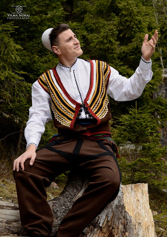 Traditional clothing of albanians images traditional for Traditional photos