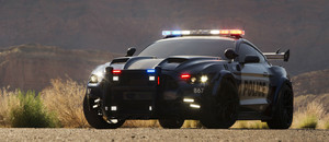 Transformers: The Last Knight - FIRST LOOK of Barricade