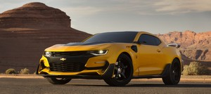 Transformers: The Last Knight - FIRST LOOK of Bumblebee