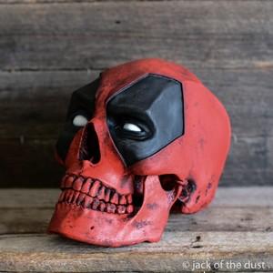 dead pool skull