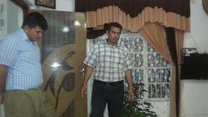fryad mahmod kertas dinding