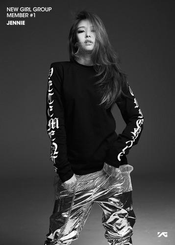 Black गुलाबी वॉलपेपर containing a hip boot called Jennie Kim