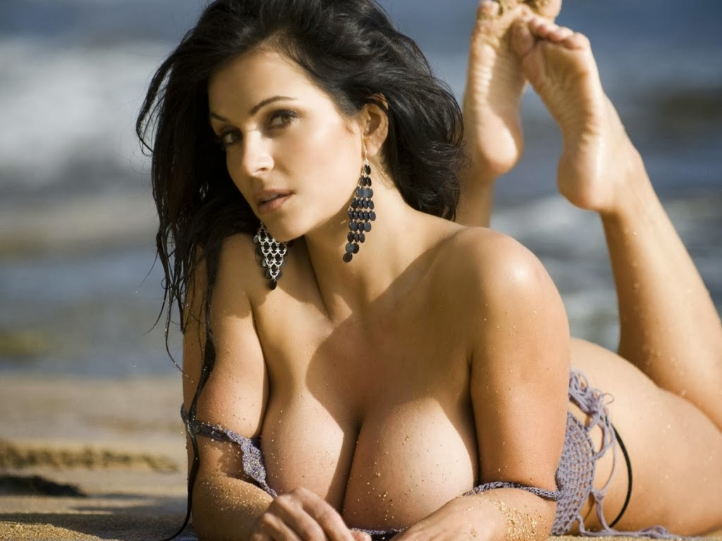 hot lingerie beach girls sexy wallpaper