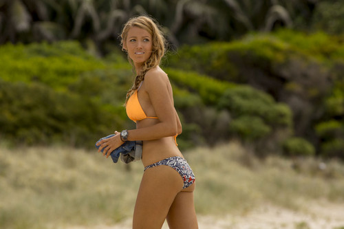The Shallows वॉलपेपर with a bikini called Blake Lively