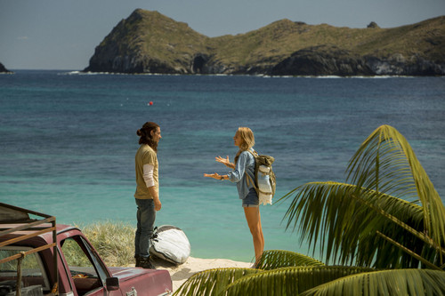 The Shallows fondo de pantalla possibly with an frente al mar and a seaside entitled Blake Lively