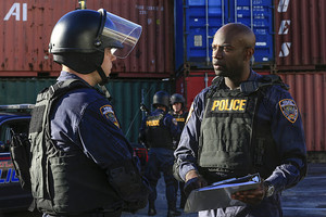 """Containment """"Yes Is The Only Living Thing"""" (1x12) promotional picture"""
