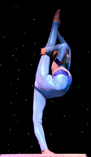 Contortionist in blue