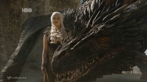 Daenerys Targaryen پیپر وال with a triceratops titled Dany and Drogon