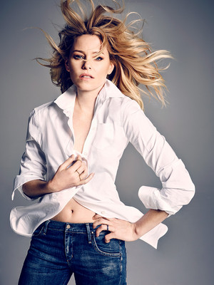Elizabeth Banks - Entertainment Weekly Photoshoot - February 2016