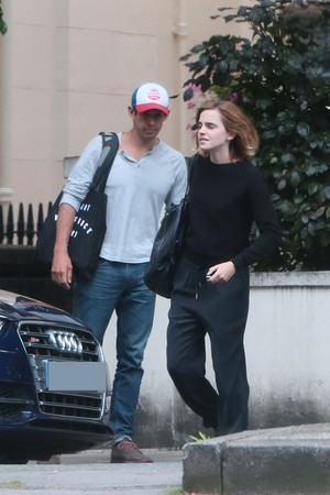 Emma Watson and Knight in Luân Đôn