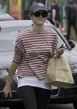 Emma Watson in লন্ডন [June 2016]