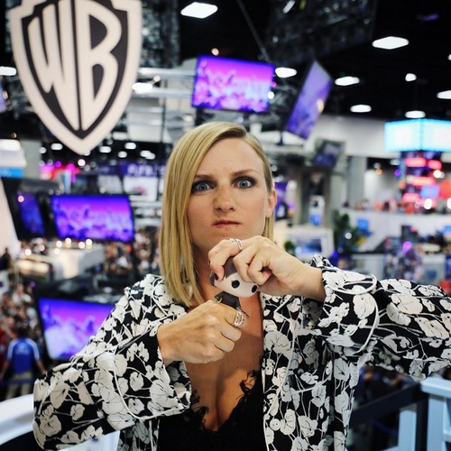 Game of Thrones karatasi la kupamba ukuta entitled Faye Marsay @ Comic-Con 2016