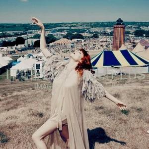 Florence Welch made سے طرف کی me - KanonKyu