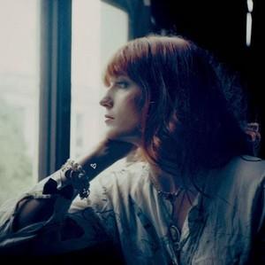 Florence Welch made kwa me - KanonKyu