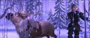 Walt Disney Screencaps - Princess Anna, Sven & Kristoff Bjorgman
