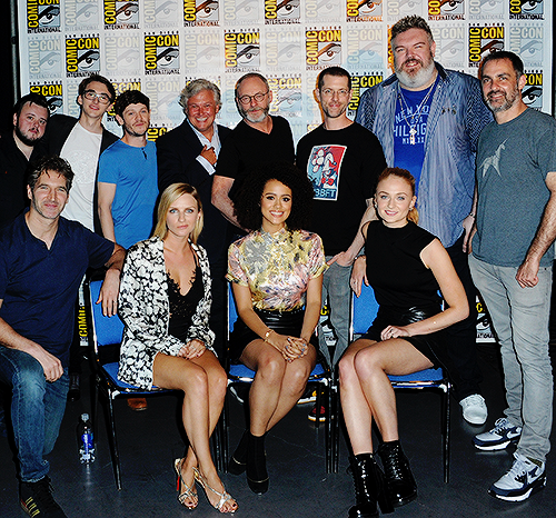 Game of Thrones wallpaper titled Game of Thrones Cast & Crew @ at San Diego Comic Con International 2016