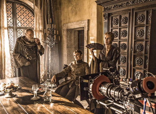 Game of Thrones wallpaper probably with a drawing room, a drawing room, and a living room entitled Game of Thrones- Season 6- Behind the Scenes