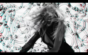 Gigi in Zayn's Pillowtalk 音楽 Video