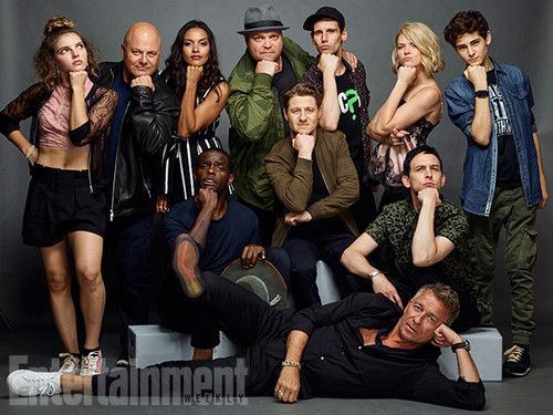 Gotham wallpaper possibly with a business suit titled Gotham Cast @ Comic-Con 2016