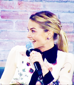 Jennifer at San Diego Comic Con 2016