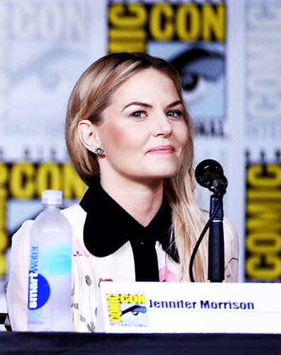Once Upon A Time wallpaper entitled Jennifer at San Diego Comic Con 2016