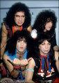 KISS 1983 - kiss photo