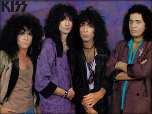 Kiss ~Asylum photo session 1985