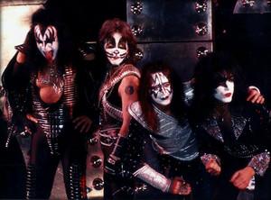 Kiss (NYC) April 16, 1996