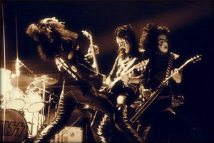 KISS (NYC) January 8, 1974