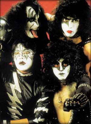 Kiss ~November 1982