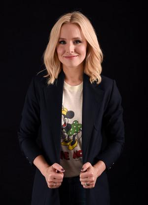 Kristen cloche, bell @ Comic-Con 2016