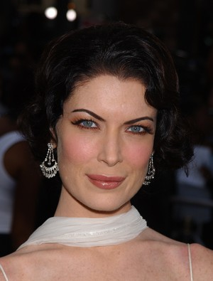 Lara 2002