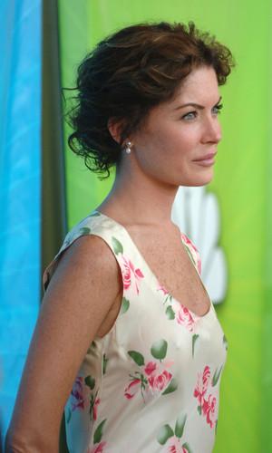 Lara 2005