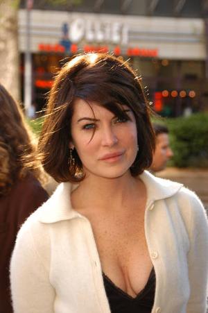 Lara 2006