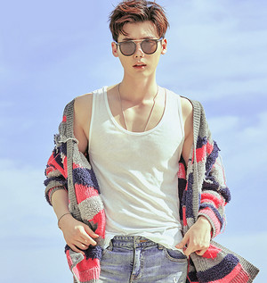 Lee Jong Suk for Arena ♥