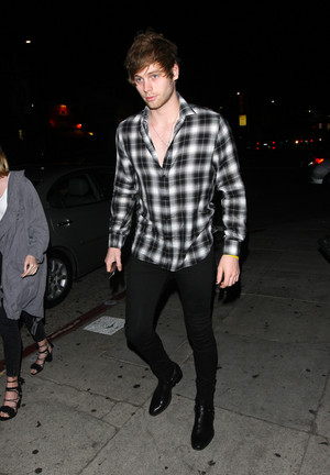Luke arriving at the Nice Guy