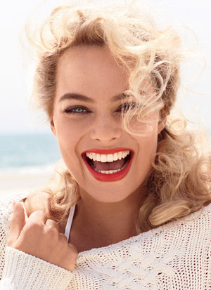 Margot Robbie - Vanity Fair Photoshoot - August 2014