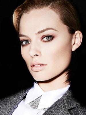Margot Robbie - बैंगनी, वायलेट Grey Photoshoot - February 2014