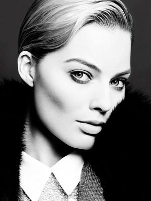 Margot Robbie - 제비꽃, 바이올렛 Grey Photoshoot - February 2014