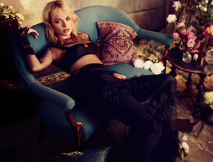 Margot Robbie - Vogue Australia Photoshoot - March 2014