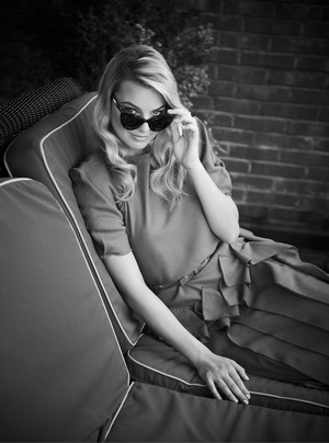 Margot Robbie - Vogue Australia Photoshoot - November 2013