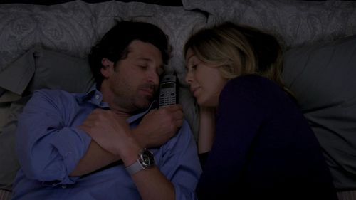 Grey's Anatomy Couples پیپر وال entitled Meredith and Derek 330