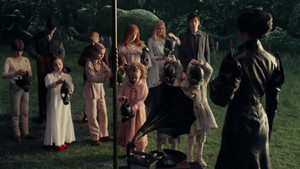 Miss Peregrine's 집 For Peculiar Children