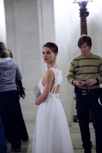 Natalie Portman wallpaper probably with a bridesmaid and a gown called New/Old Black Swan Behind the Scenes
