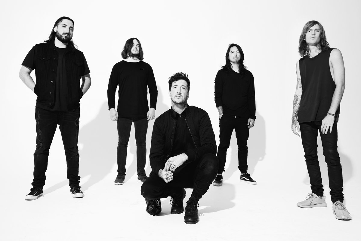 of mice and men is a Of mice & men (often abbreviated om&m) is an american metalcore band from orange county, california the band's lineup currently consists of lead vocalist and bassist aaron pauley, lead guitarist phil manansala, rhythm guitarist alan ashby, and drummer valentino arteaga.