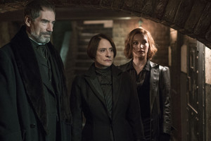 "Penny Dreadful ""Perpetual Night"" (3x08) promotional picture"