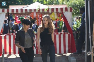 """Scream """"Village of the Damned"""" (2x08) promotional picture"""